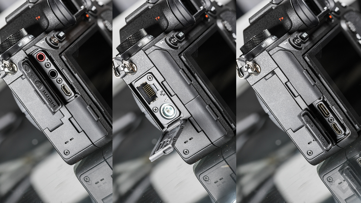 Sony A9 II - Design compartiment connectiques