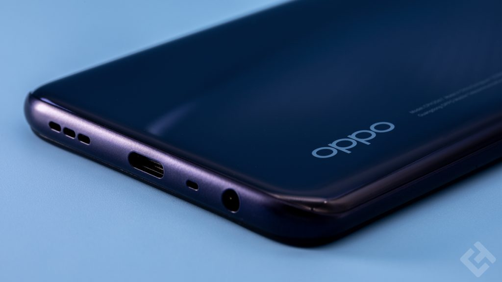 Oppo A72 - Face inférieure